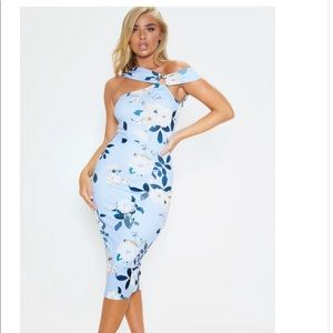 Beautiful Blue Floral Dress completely NEW